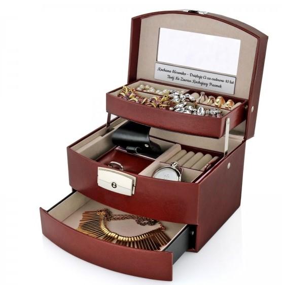 szkatułka na biżuterię z grawerem