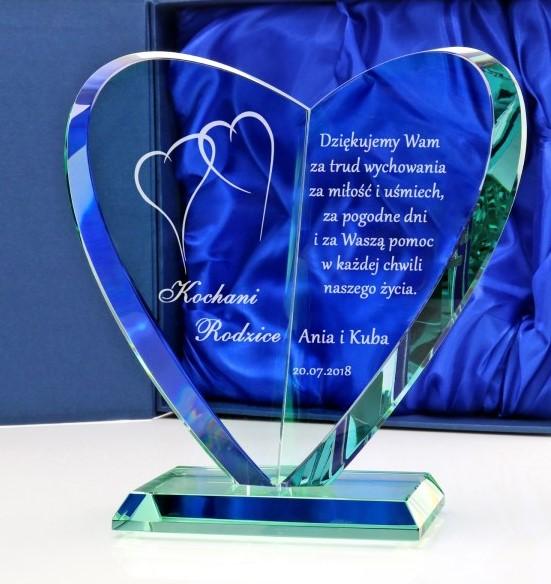 statuetka zgrawerem na podziekowanie dla rodziców na ślub