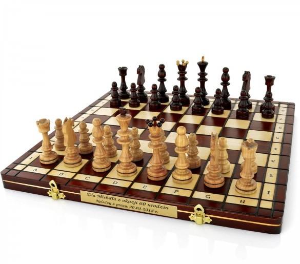 szachy z grawerem na prezent