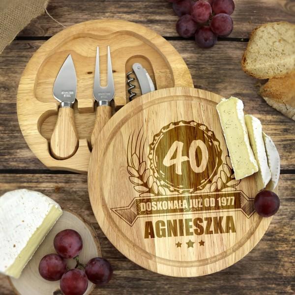 bambusowa deska do serów z akcesoriami na prezent urodzinowy dla niej
