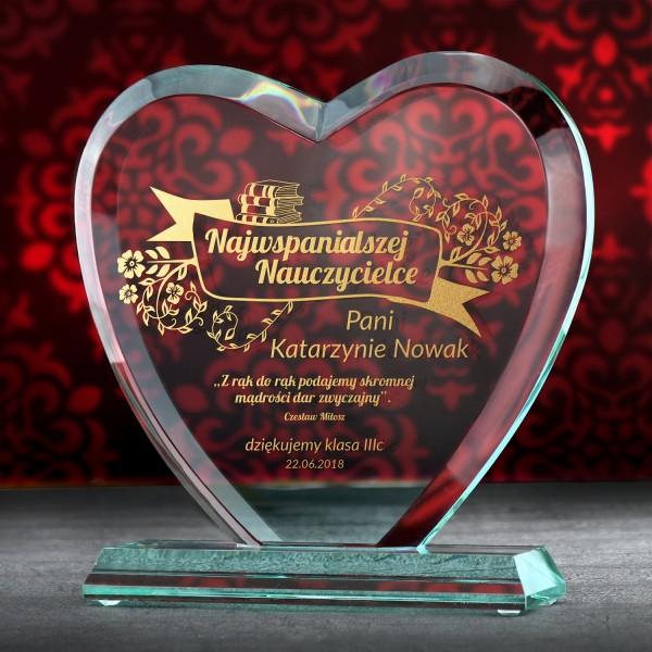 statuetka serce z personalizacją na prezent dla nauczyciela