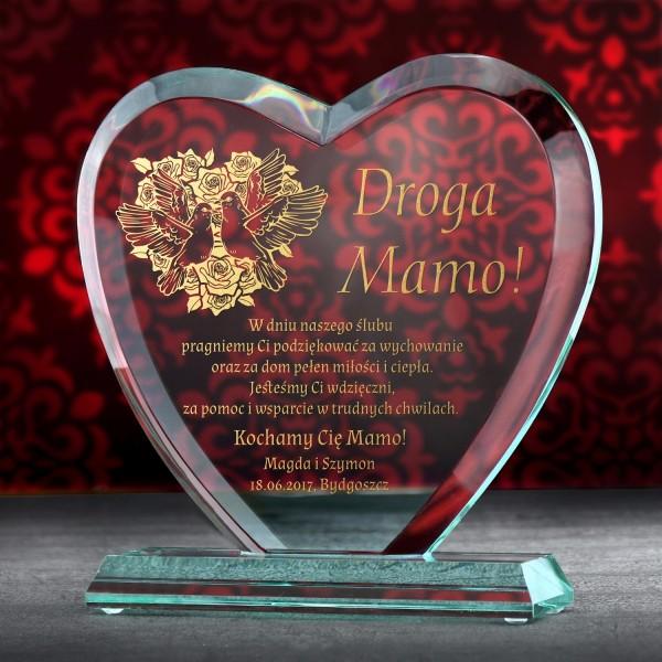 prezent na podziękowanie dla mamy serce ze szkła z grawerem