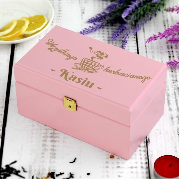 jaki prezent dla dziewczyny na urodziny zestaw herbat w skrzynce z grawerem
