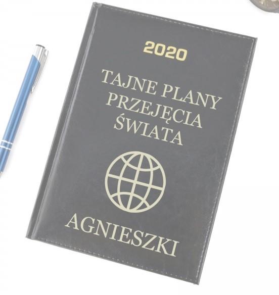 kalendarz dla pracownika na prezent