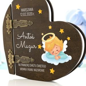 pomysł na to co kupić na chrzest- personalizowany album dla dziecka