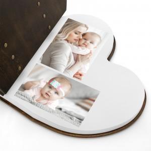 drewniany album w kształcie serca