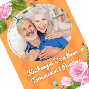 wnętrze kartki z nadrukiem życzeń  z okazji dnia babci i dziadka