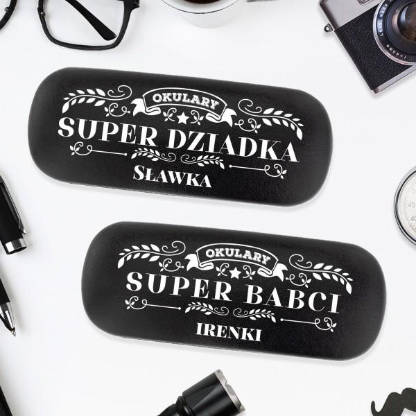 2 sztuki etui na okulary  w kolorze czarnym z nadrukiem personalizacji na prezent na dzień babci i i dziadka