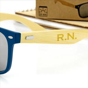 niebieskie okulary przeciwsłoneczne z grawerem personalizacji na prezent dla niego na urodziny