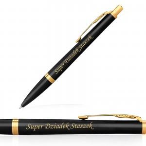 grawer personalizacji na długopisie Parker na prezent na dzień dziadka