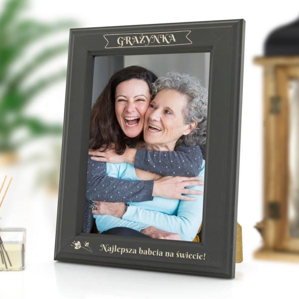 ramka z grawerem na zdjęcia na prezent dla babci