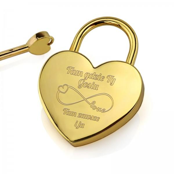 złota kłódka z grawerem i kluczykiem na upominek na walentynki dla ukochanej