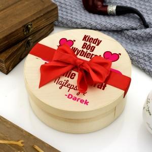 pudełko drewniane z personalizacją na prezent