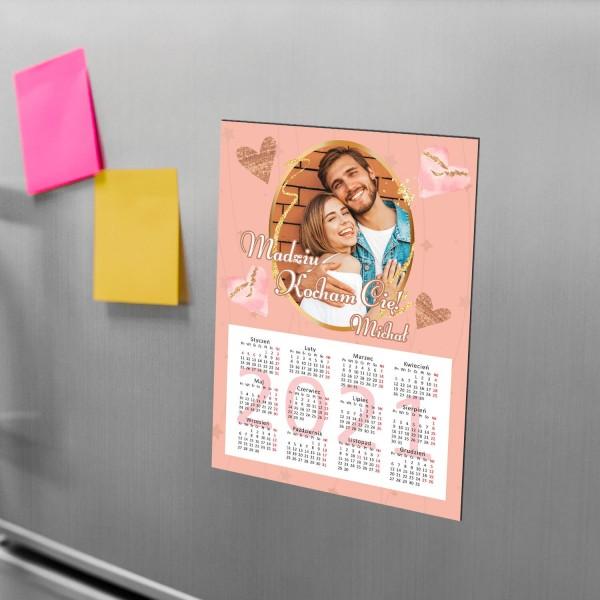 magnes z kalendarzem na lodówkę