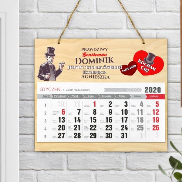 Kalendarz drewniany z personalizacją na prezent dla faceta