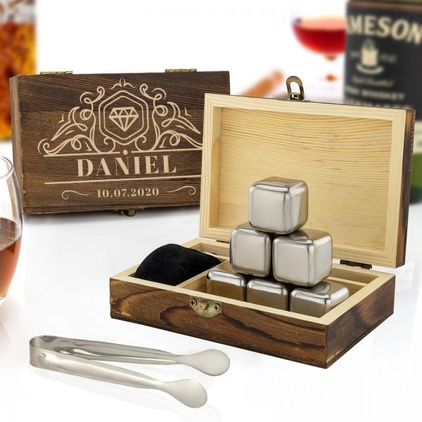 Kostki stalowe do whisky z pudełku z grawerem imienia
