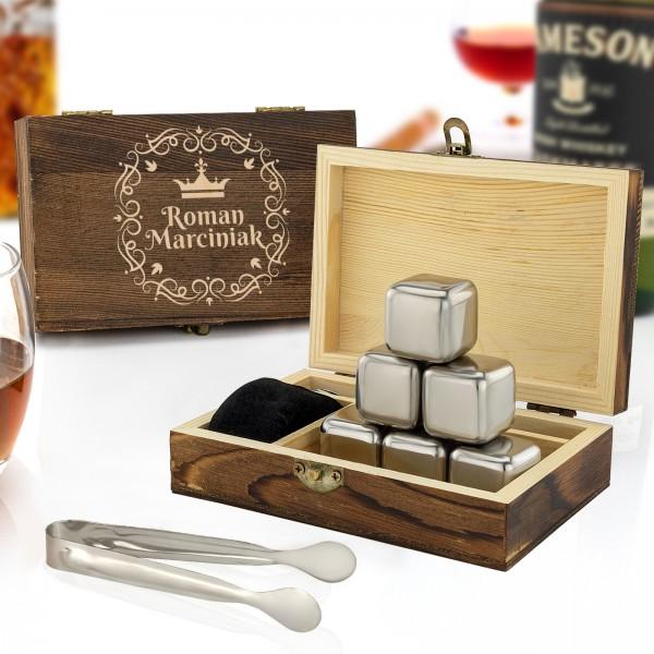 Stalowe kamienie do whisky chłodzące w zestawie w szkatułce