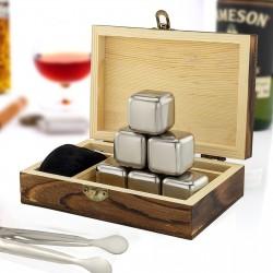 stalowe kostki do whisky na prezent