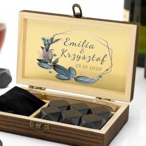 granitowe kostki chłodzące do alkoholi w szkatułce dla małżeństwa
