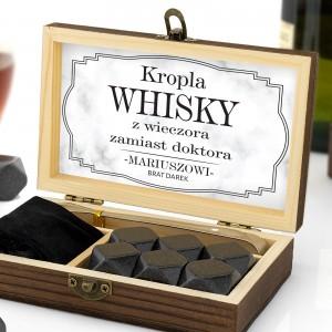 szkatułka z kamieniami do whisky z nadrukiem dedykacji