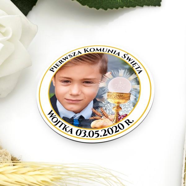 Okrągły magnes z nadrukiem zdjęcia, imienia dziecka i daty pierwszej komunii