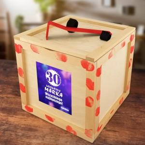 Box prezentowy drewniany z łomem