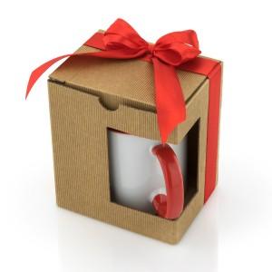 Kubek zapakowany w pudełko ozdobne