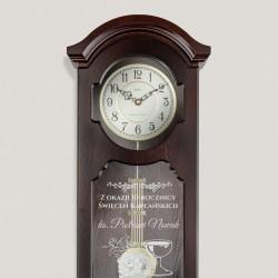 Grawer na zegarze ściennym drewniany