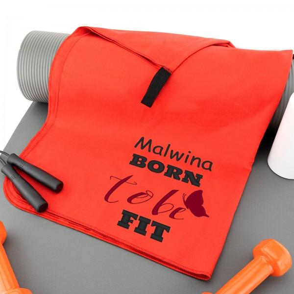 czerwony ręcznik na siłownię z haftem imienia