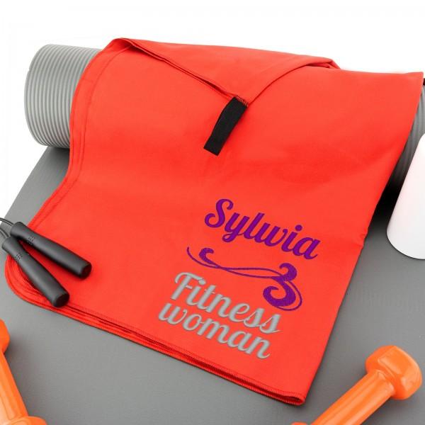 Ręcznik z haftem imienia na siłownię czerwony