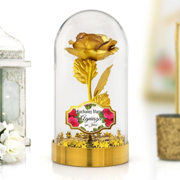 złota róża pod kloszem na prezent dla mamy