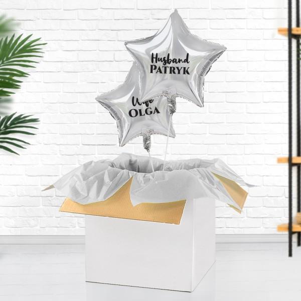 Balony z helem i nadrukiem imion jako pomysł na prezent na rocznicę ślubu