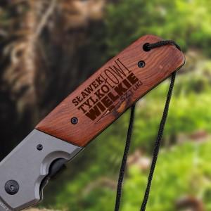 kandar duży nóż składany z grawerem na prezent dla wędkarza