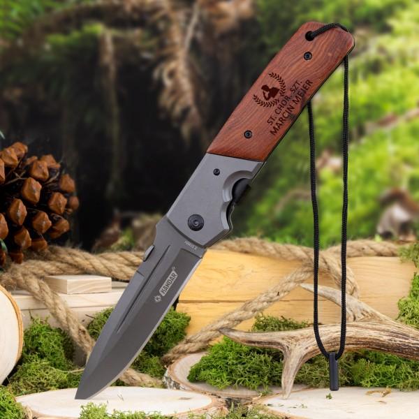 składany nóż z grawerem imienia