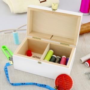 zestaw do szycia w drewnianym pudełku