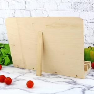 drewniana podpórka na książkę kucharską