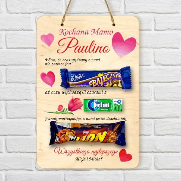 tabliczka z nadrukiem i słodkościami na prezent na dzień mamy