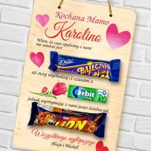 tabliczka z nadrukiem i słodkościami na prezent dla mamy