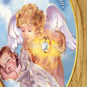 drewniany obrazek z grawerem na chrzest z kryształkiem