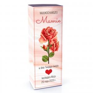 pozłacana róża w pudełku z dedykacją dla mamy