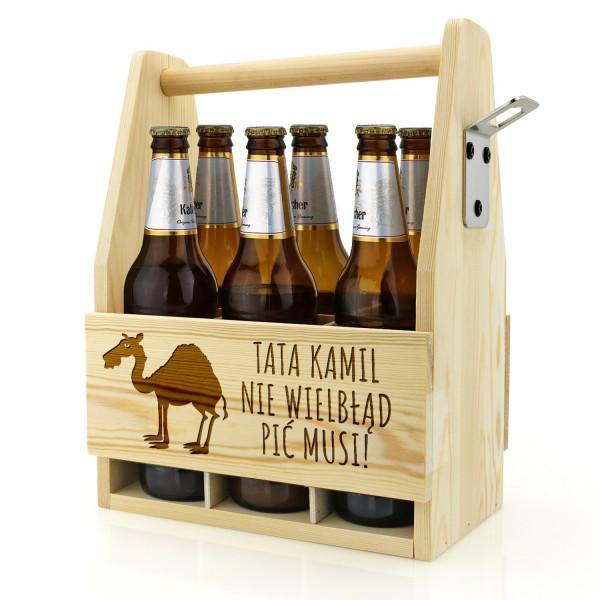 drewniana skrzynka na piwo z grawerem śmiesznego tekstu dla taty na prezent