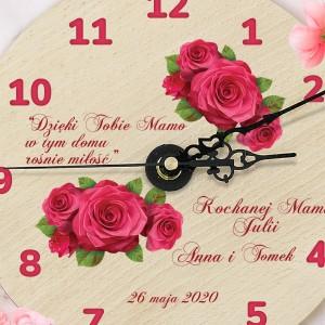 drewniany zegar z nadrukiem na prezent dla mamy