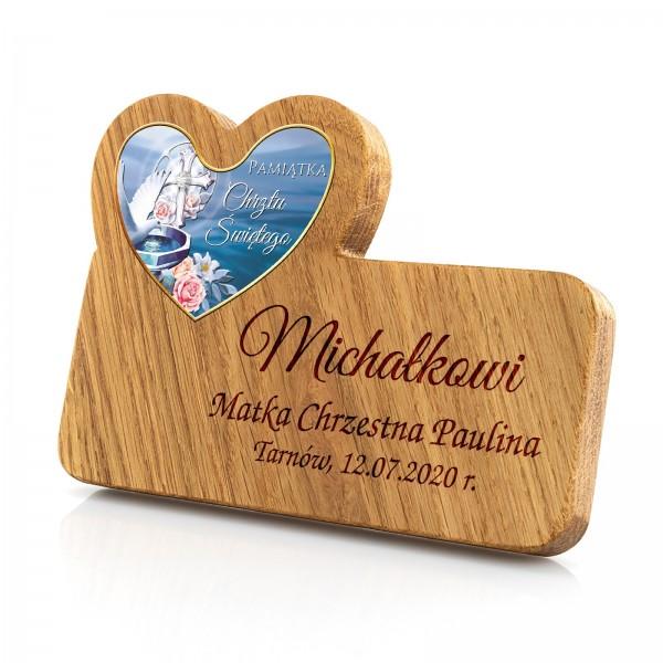 drewniana pamiątka chrztu z grawerem