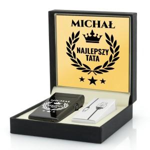 zapalniczka czarna plazmowa z imieniem na prezent dla taty i grawerem w pudełku