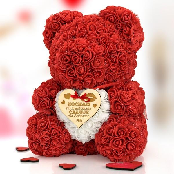 personalizowany miś z czerwonych różyczek