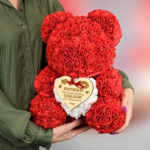 miś z piankowych różyczek na prezent dla niej