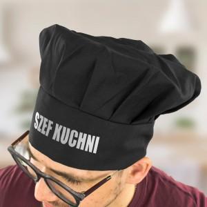 czarna czapka kucharska z napisem