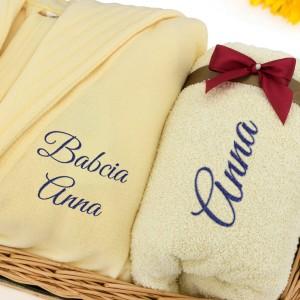 szlafrok i ręcznik z haftem na prezent