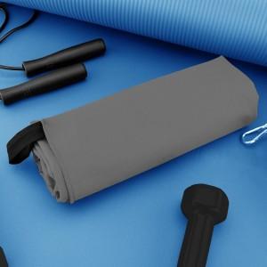 sportowy ręcznik na trening z mikrofibry