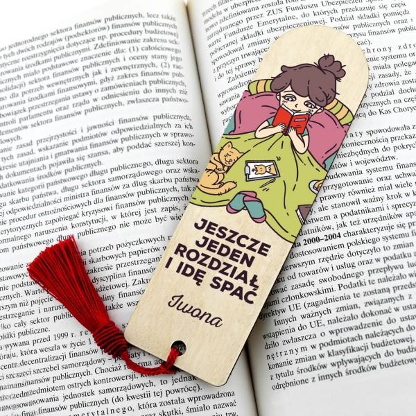 zakładka do książki z grawerem imienia dla mola książkowego